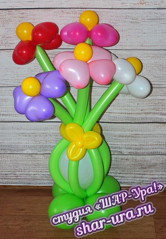 цветы сердечки из шаров в вазе