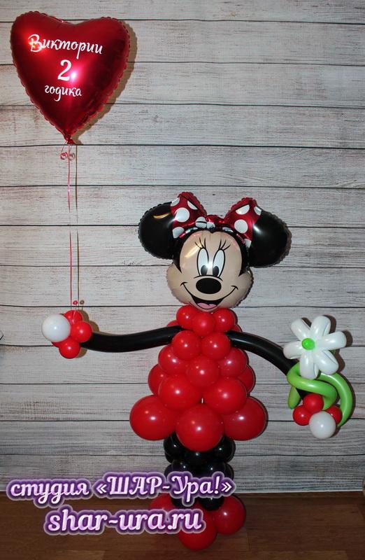 мышка с бантом и сердечко из шаров